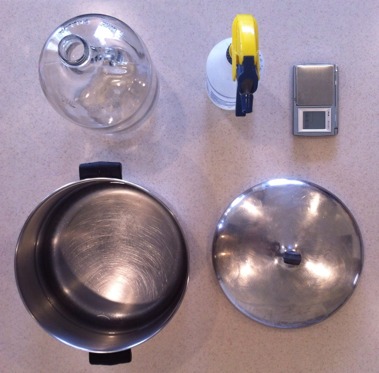 how to brew your craft beer - essential tools for the brew - pans